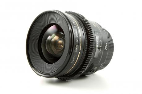 Canon L USM 20mm