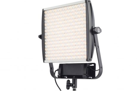 Astra 6x Litepanel lamp 3-2